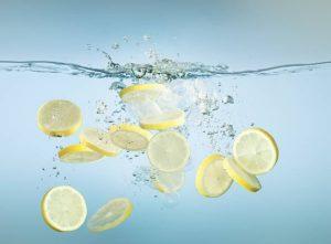 Алкална Вода за Детоксикация и Здрави Кости - 5 Ползи