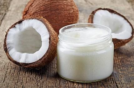 кокосов орех кокосово масло в буркан