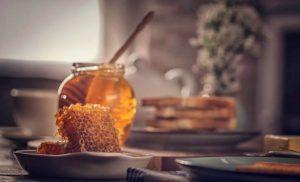 Пчелен Мед и Прополис против Гъбична Инфекция и Брадавици!