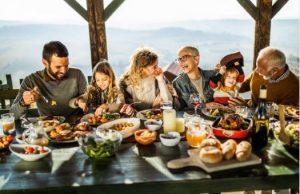семейство, маса, храна