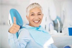 жена, зъболекарски стол