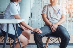мъж с проблеми с простатата
