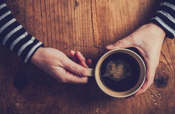 кофеинова абстиненция, чаша кафе
